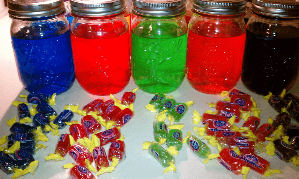 Jolly rancher moonshine recipe learn to moonshine for How to make flavored martinis