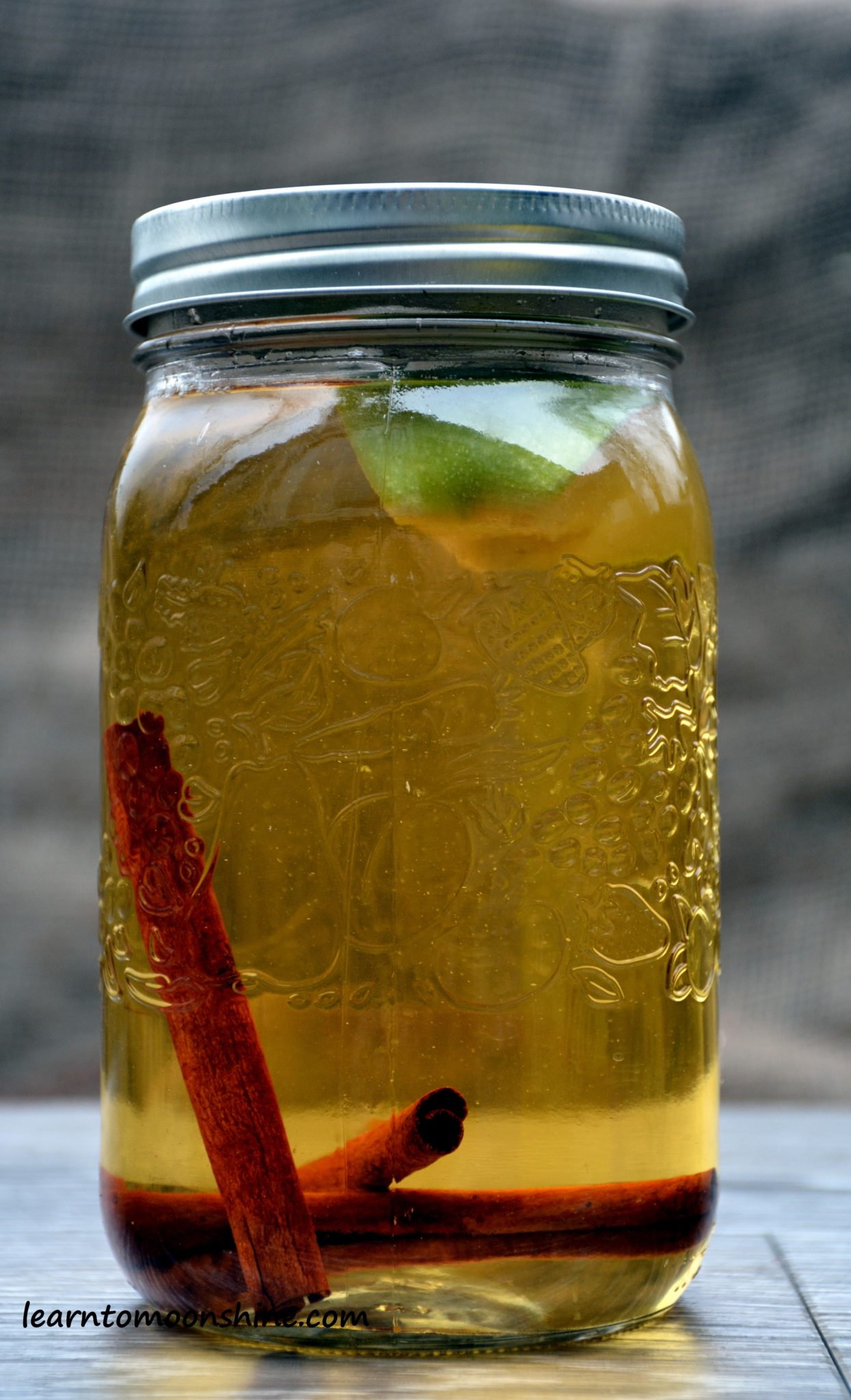 Directions How To Make Apple Pie Moonshine
